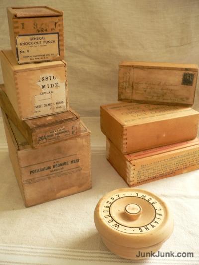 woodbox02.jpg
